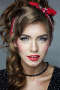 Model: Dorota Mazurek Make-up & Hair: Angelika Lipa